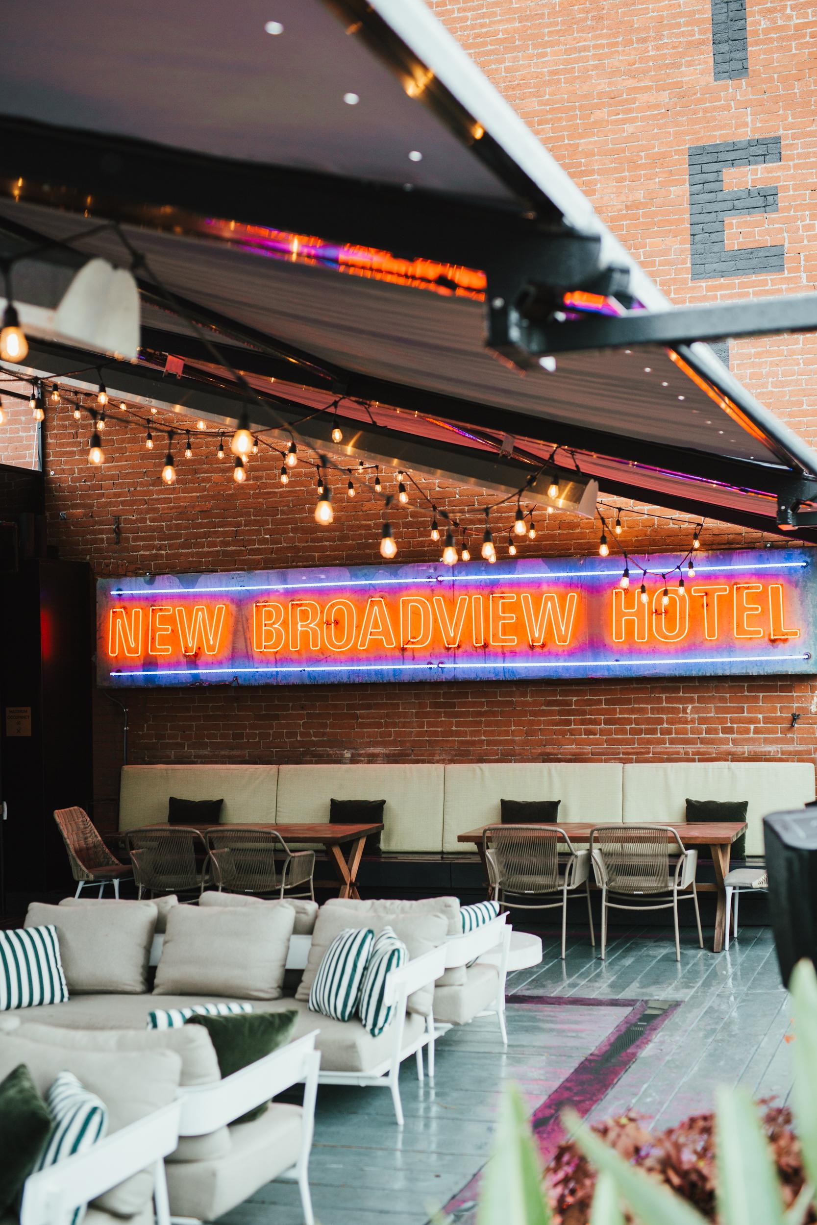 Broadview Hotel/Lincoln Terrace